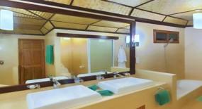 parti bungaló fürdőszoba