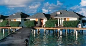vízre épült bungalók