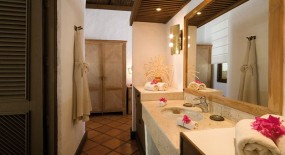 parti villa fürdőszoba